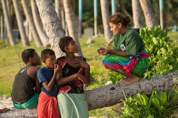 Patricia Mallam WWF South Pacific Communications Manager chats with Kia Island village teens.