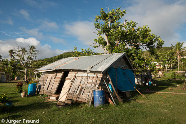 Cyclone Evan mercilessly went through Yadua Village and this leaning house is one of the casualties of the cetegory 5 cyclone.